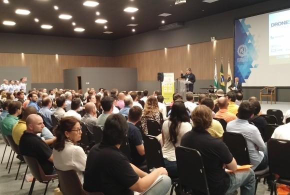DroneShow Curitiba reúne 630 profissionais e 13 empresas na exposição
