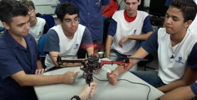 Drones feitos por alunos competem na 1ª Fórmula Drone SAE Brasil