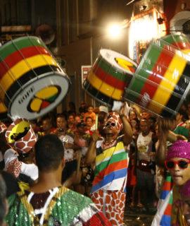 Polícia Militar da Bahia lança cartilha para fiscalização de Drones no Carnaval