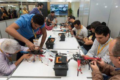 curso de montagem e manutencao de drones 400x267 Curso em São Paulo: montagem e manutenção de drones na prática