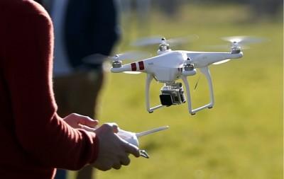 drone reuters2 400x253 Drones para Filmagens Profissionais: um mercado em plena expansão